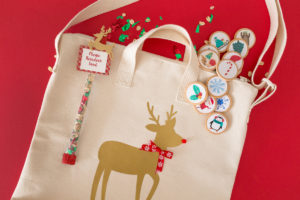 Beautiful DIY Christmas Tote Bags Ideas