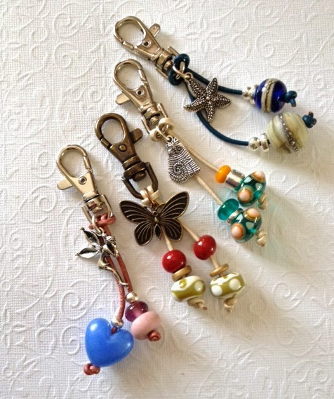 DIY KEYCHAIN FOR BACKPACKS