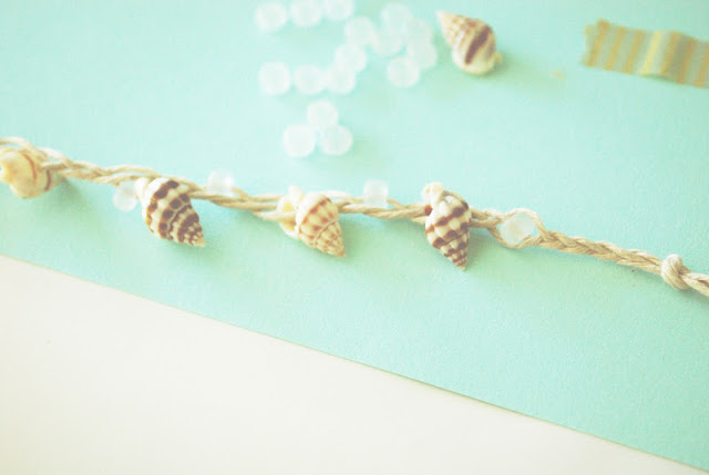 How to DIY Shell Ankle Bracelet