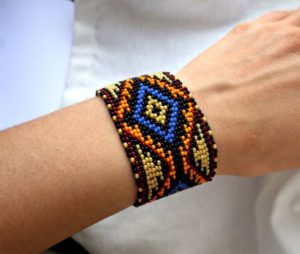 DIY Native American Beaded Bracelet Patterns
