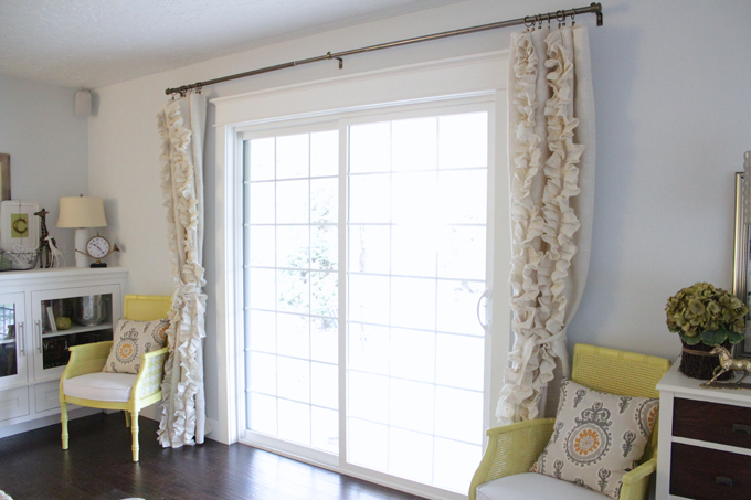 Burlap Ruffled Curtains DIY Ideas