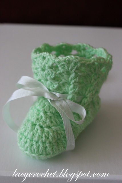 Crochet Baby Booties With Bow Designs