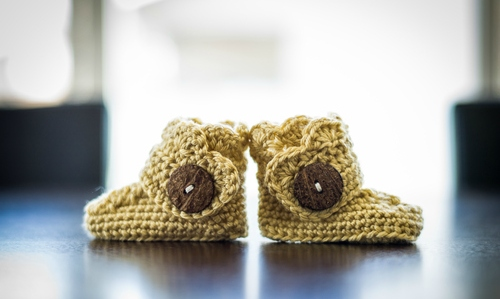 Crochet Baby Booties With Buttons