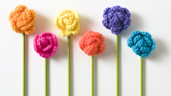 Crochet Flowers With Stems Design