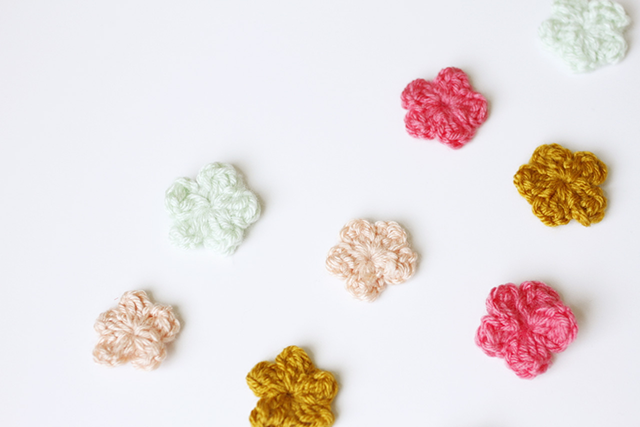 Easy Small Crochet Flower Ideas