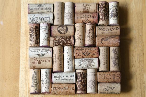 Homemade Wine Cork Coasters DIY Ideas