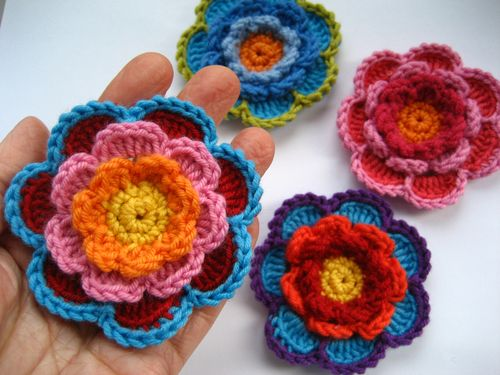 Layered Flower Crochet Pattern Guide