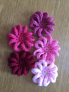 Loopy Flower Crochet Pattern Tutorial Online