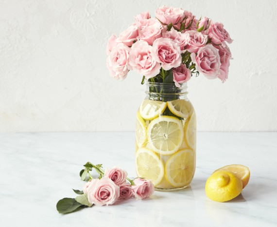 Mason Jar Flower Arrangements With Roses