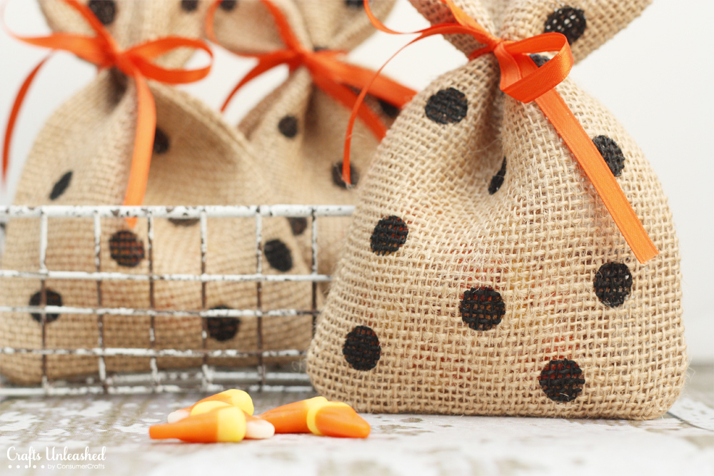 Mini Burlap Gift Bags for Halloween