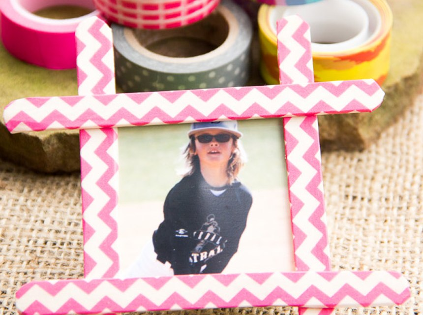 Popsicle Stick Frames Fun Instructions