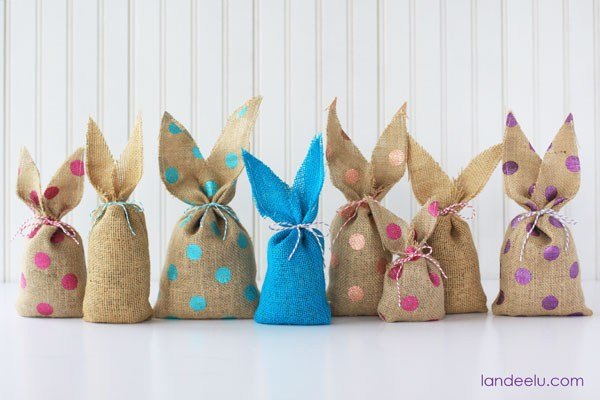 Simple Burlap Easter Gift Bags