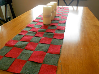 Christmas Burlap Table Runner Tutorial