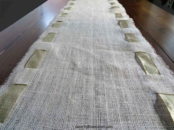 DIY Burlap table runner images