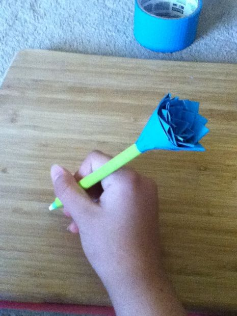 DIY Duct Tape Flower Pens