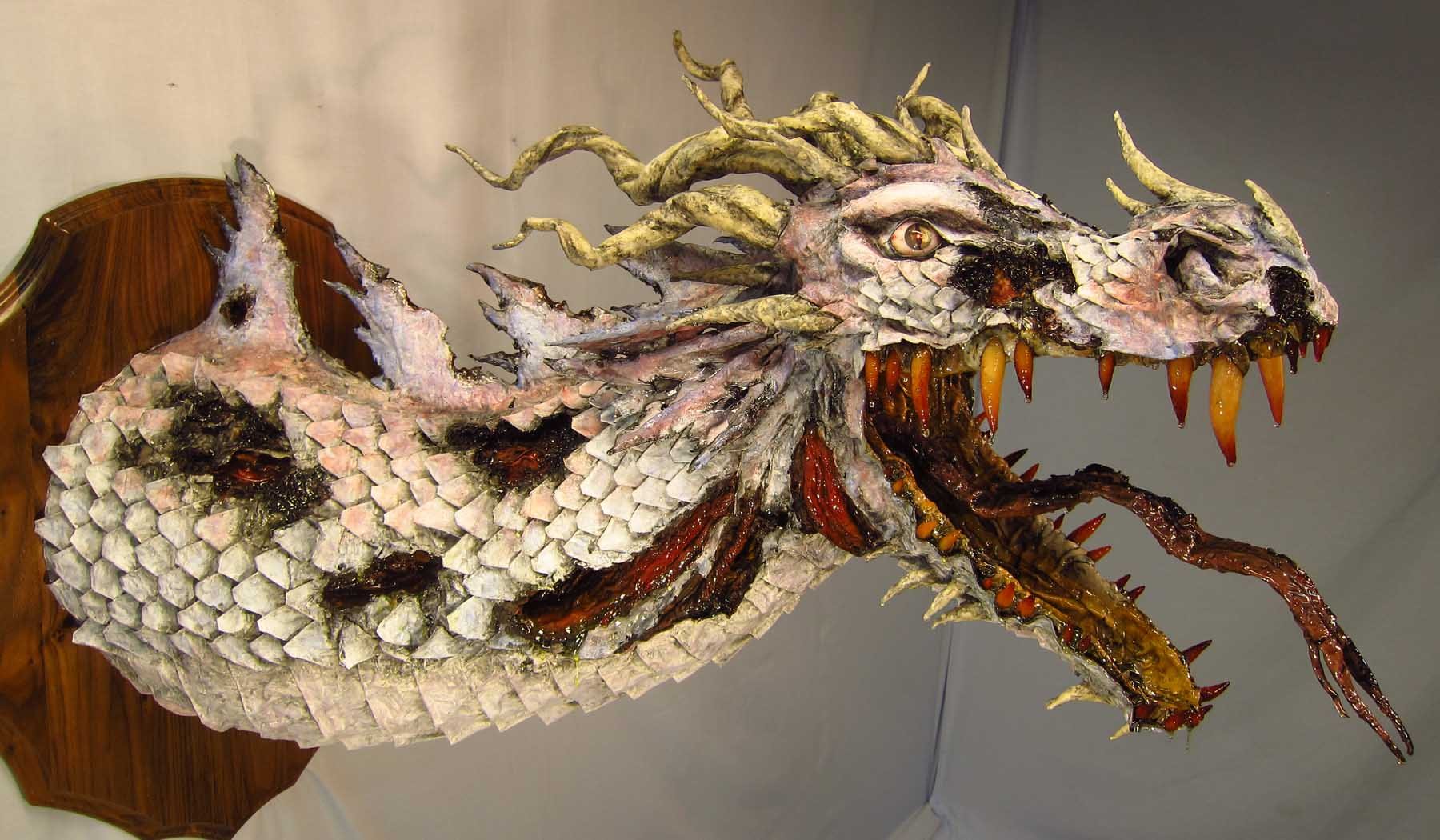 How to make a paper mache dragon 7 diy tutorials for What can you paper mache