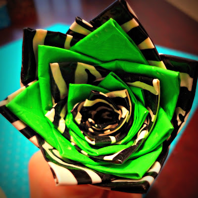 Duct Tape Flower Pen Directions