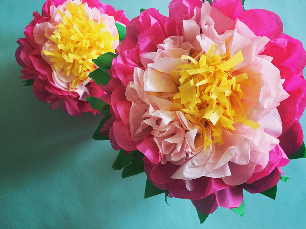 Giant Tissue Paper Flower Crafts