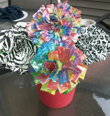 How To MakeDuct Tape Flower Pens