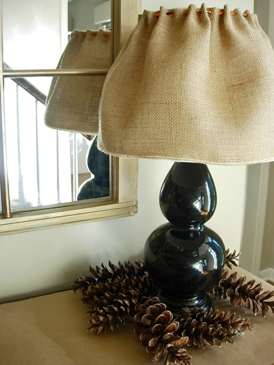 Make Burlap Lamp Shade Using Ribbon