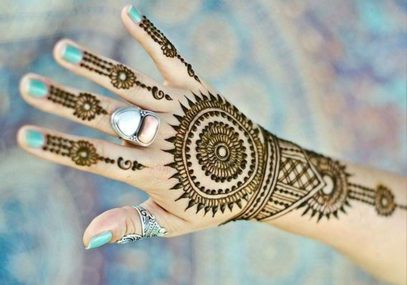 Beautiful Floral Mehndi Designs for Kids
