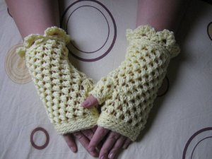 Crochet Fingerless Gloves Images