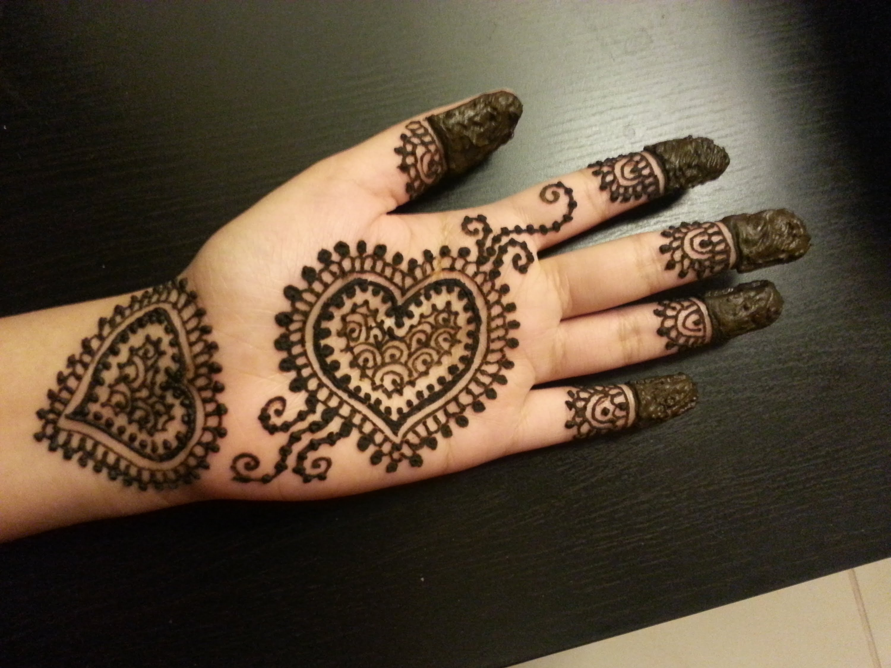 51 Easy Simple Mehndi Designs For Kids