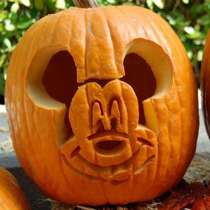 Cute Pumpkiin carving ideas Mickey Mouse