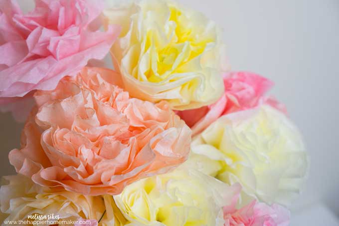 DIY Coffee Filter Flower BouquetDIY Coffee Filter Flower Bouquet