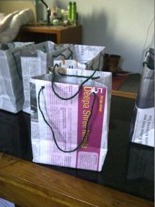 DIY Newspaper Bags Tutorial