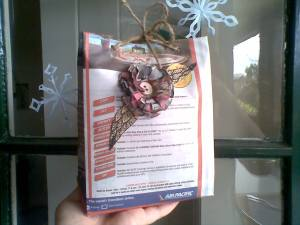 DIY Newspaper Gift Bag Designs