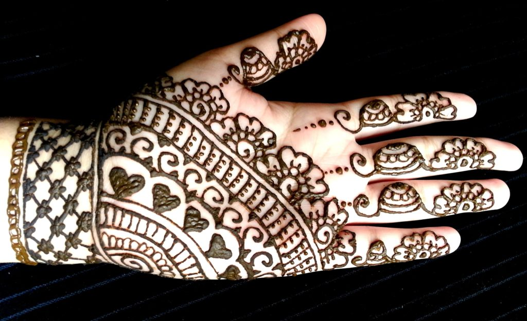 Easy Mehndi Designs for Kids Hands