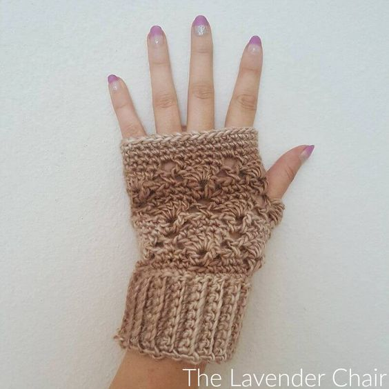 Free Vintage Fingerless Gloves Crochet Pattern