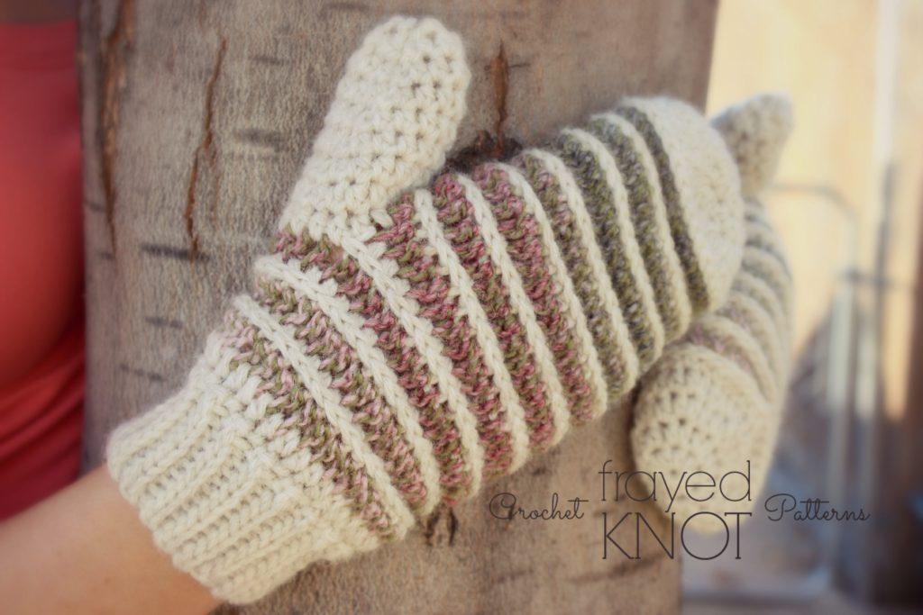 How to Crochet a Fingerless Glove
