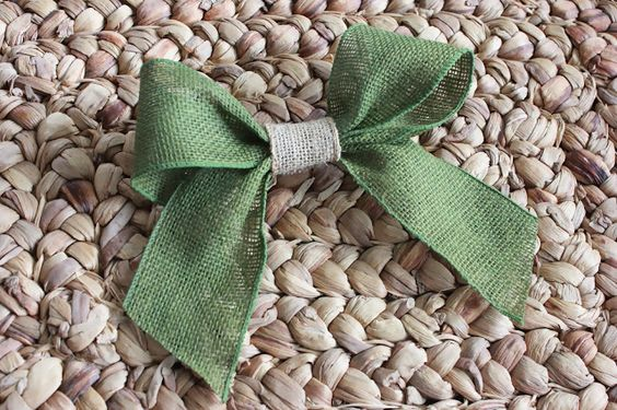 How to Make Bows with Burlap