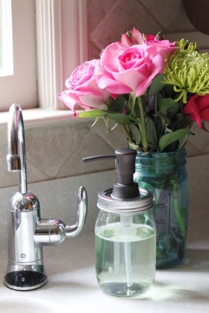 How to Make Mason Jar Soap Dispenser