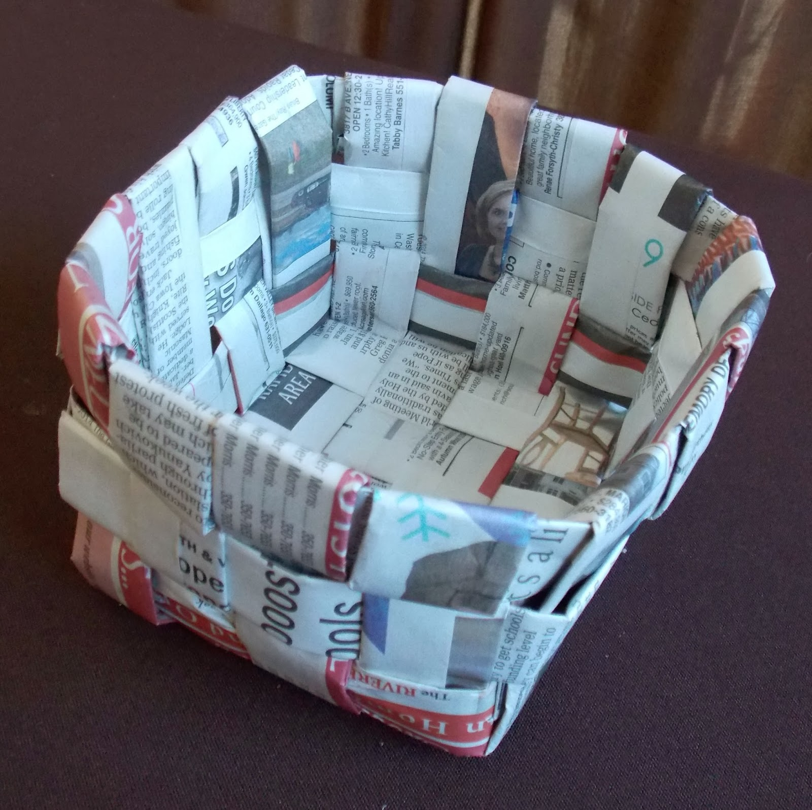 Newspaper Craft Ideas For Kids Part - 25: How To Weave A Newspaper Basket