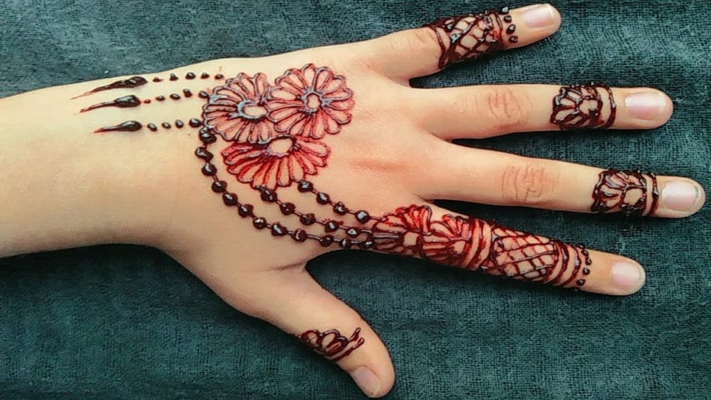Mehndi Designs for Kid