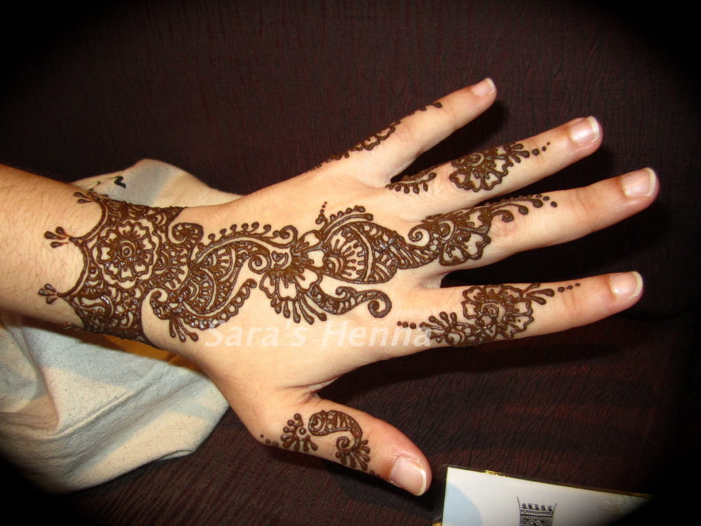 Simple Mehndi Designs Kids Hands