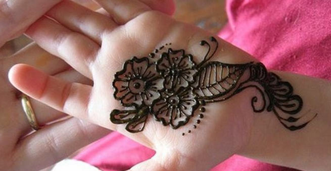 Simple Mehndi Designs for Hands for Kids