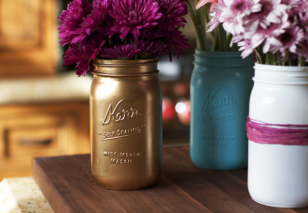 Spray Paint Mason Jars Tutorials