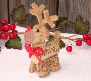 Amazing DIY Wine Cork Ornament Craft Ideas