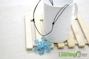 Beaded Snowflake Necklace Pattern