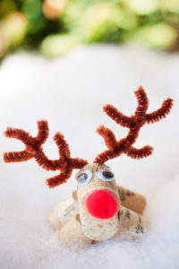 Cute Reindeer Ornaments from Wine Cork