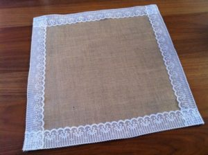 DIY Burlap Placemats for Wedding