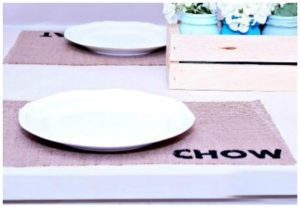 DIY Fringed Burlap Placemat Image