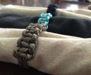 DIY Nifty Paracord Napkin Ring