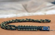 DIY Paracord Neck Lanyard with Buckle