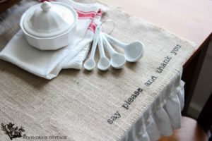 DIY Square Burlap Placemats