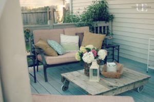 DIY Vintage Pallet Coffee Table
